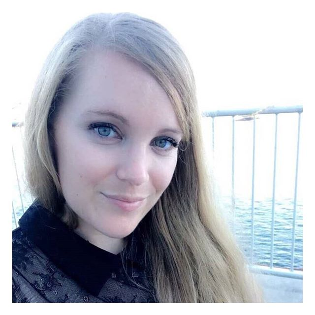 Kelly Peterson is on episode 6 of The Write Track! Listen in as she tells us trends she's tired of seeing, people she admires, what made her fall in love with agenting and more!