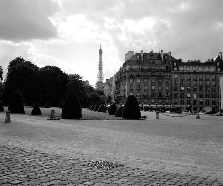 Cobble Stone & Tour Eiffel
