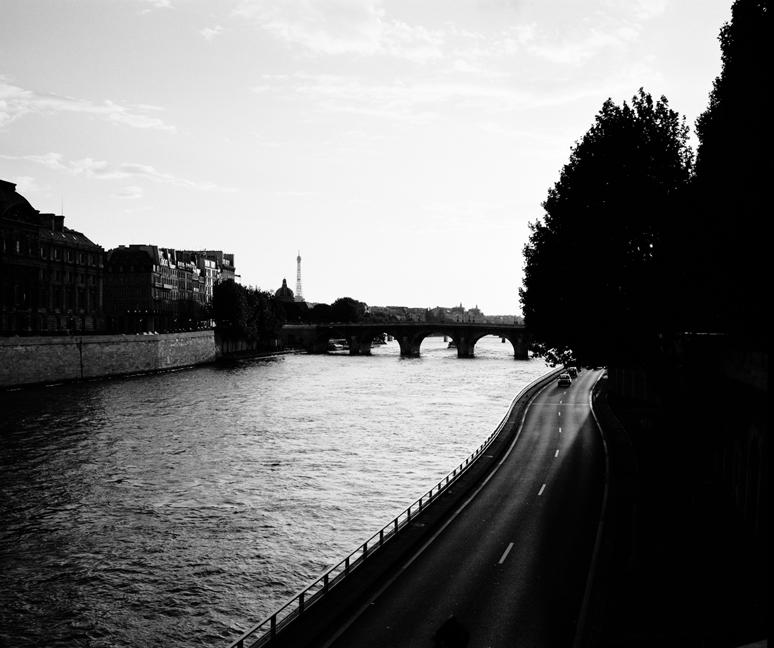 Drive on the Seine