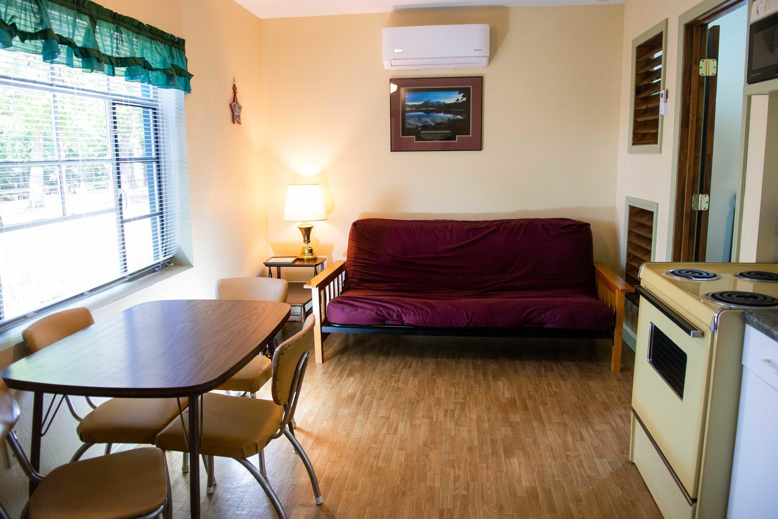 Cabin-3-2.jpg