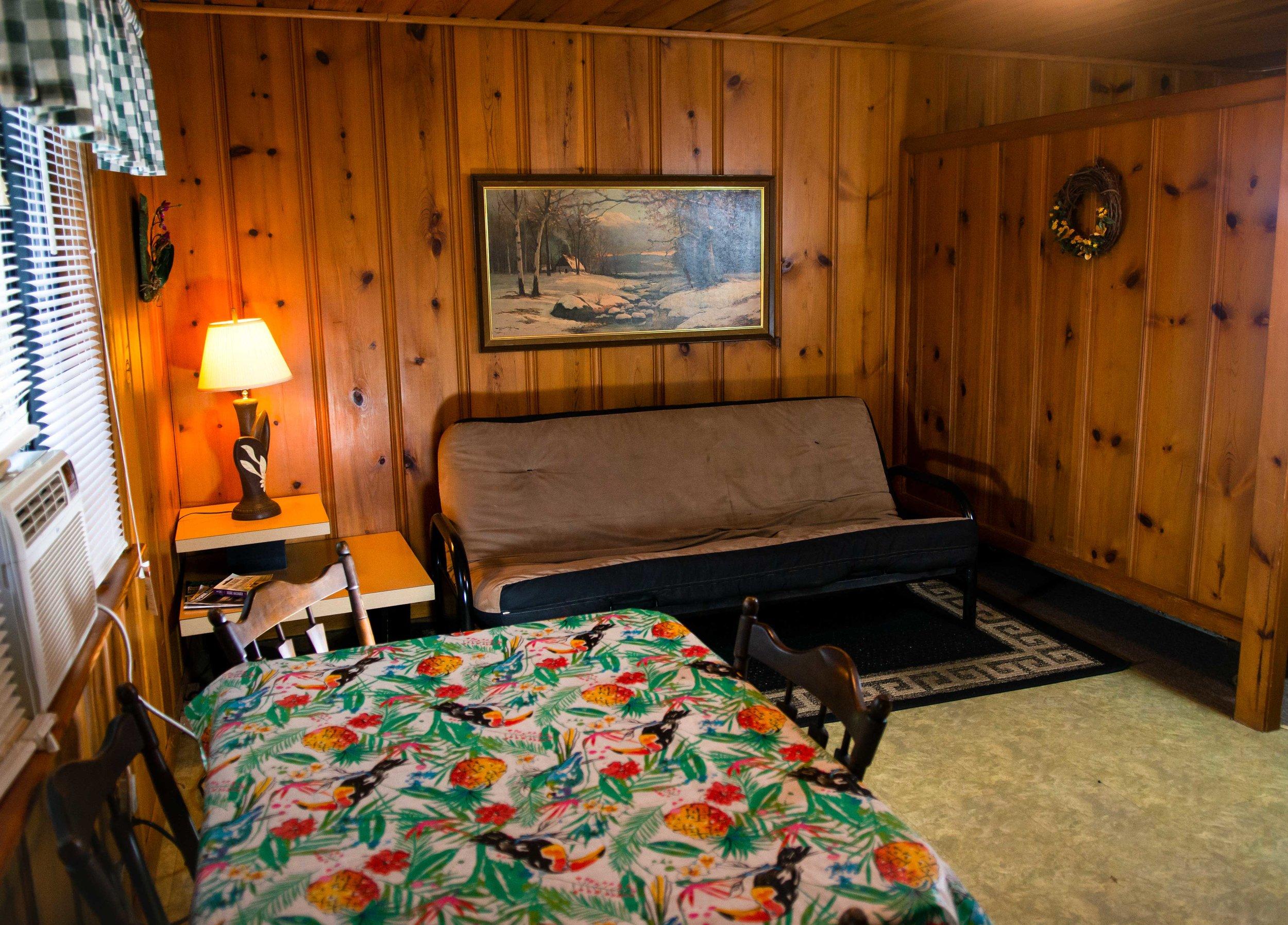 Cabin-3-5.jpg