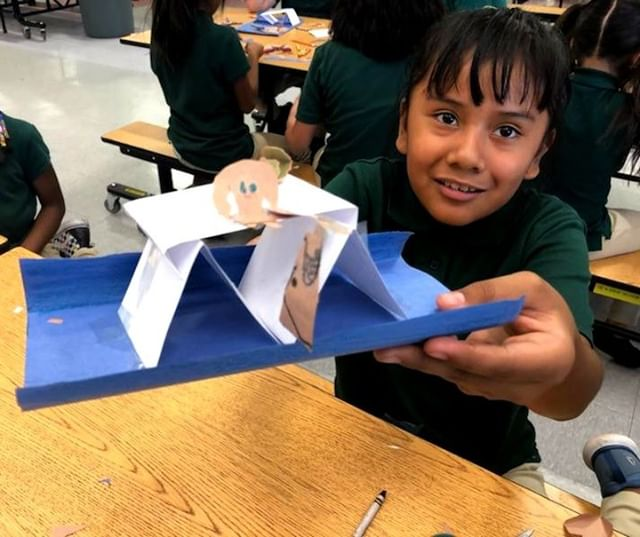 Students building their minds and bridges in STEM class 🧠✨