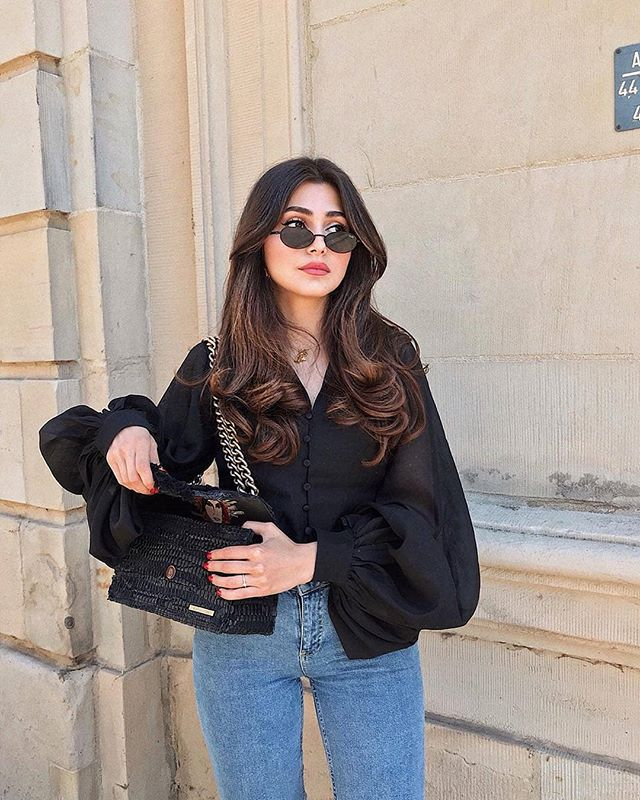 When in doubt, wear black || 📸 : @ayda.hdi