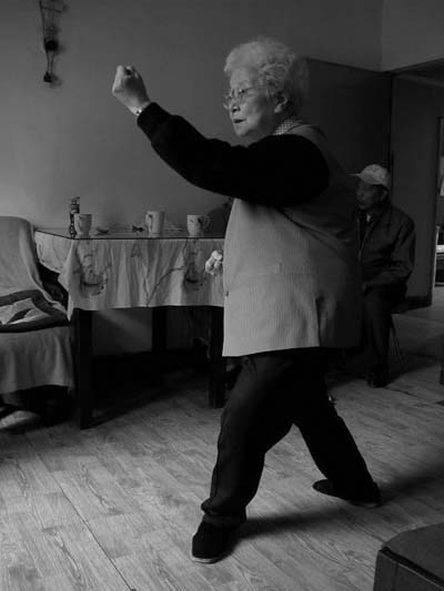 Sun Shurong practicing Xingyi