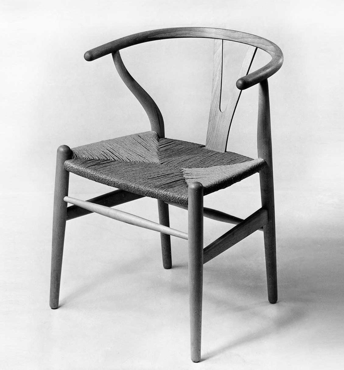 Hans Wegner - Wishbone Chair (1949)