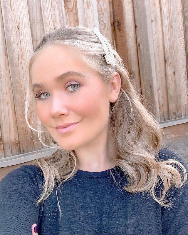 This eyeshadow palette!!💜 @skinstore #skinstore