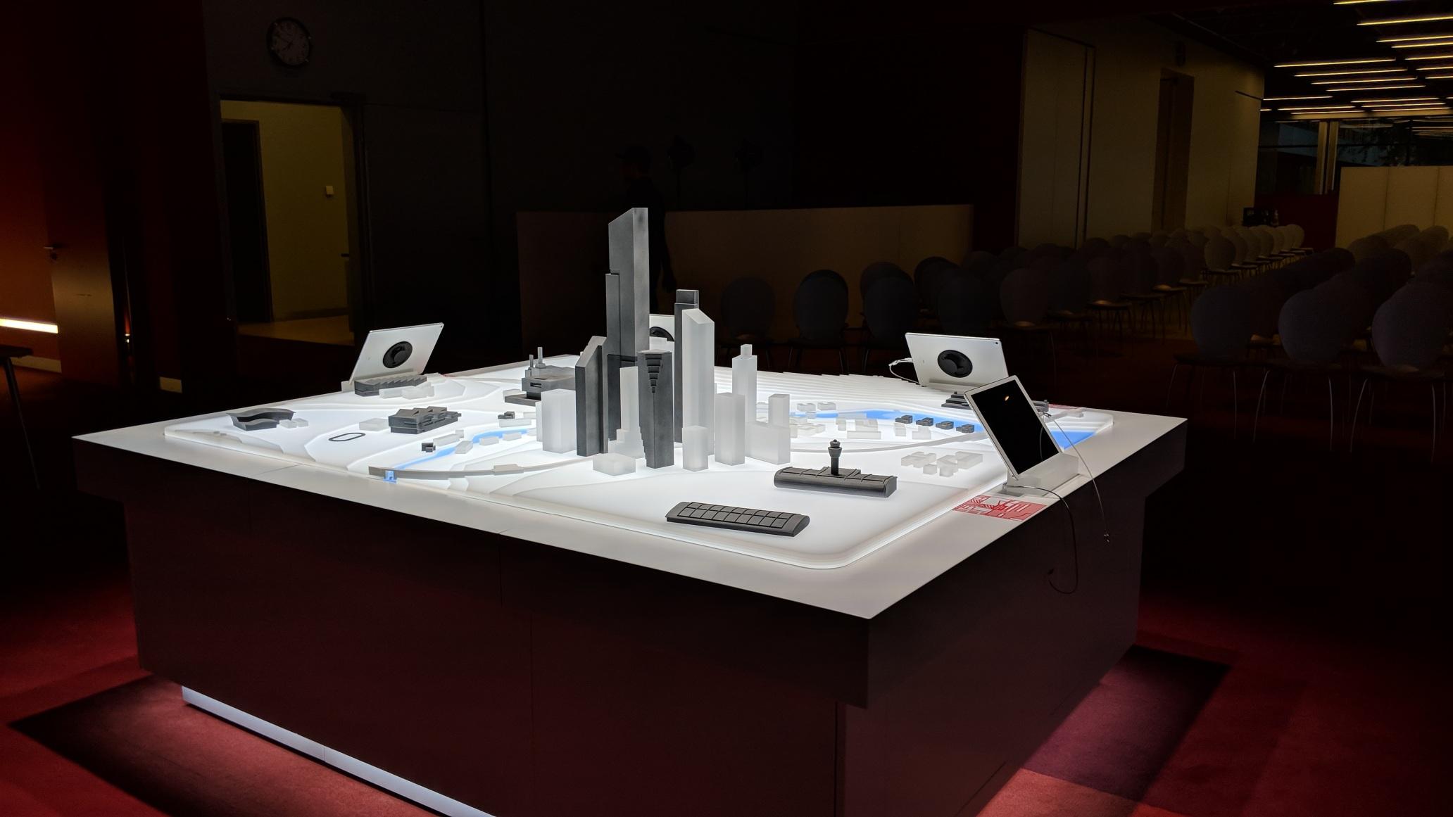 Henkel AR Table