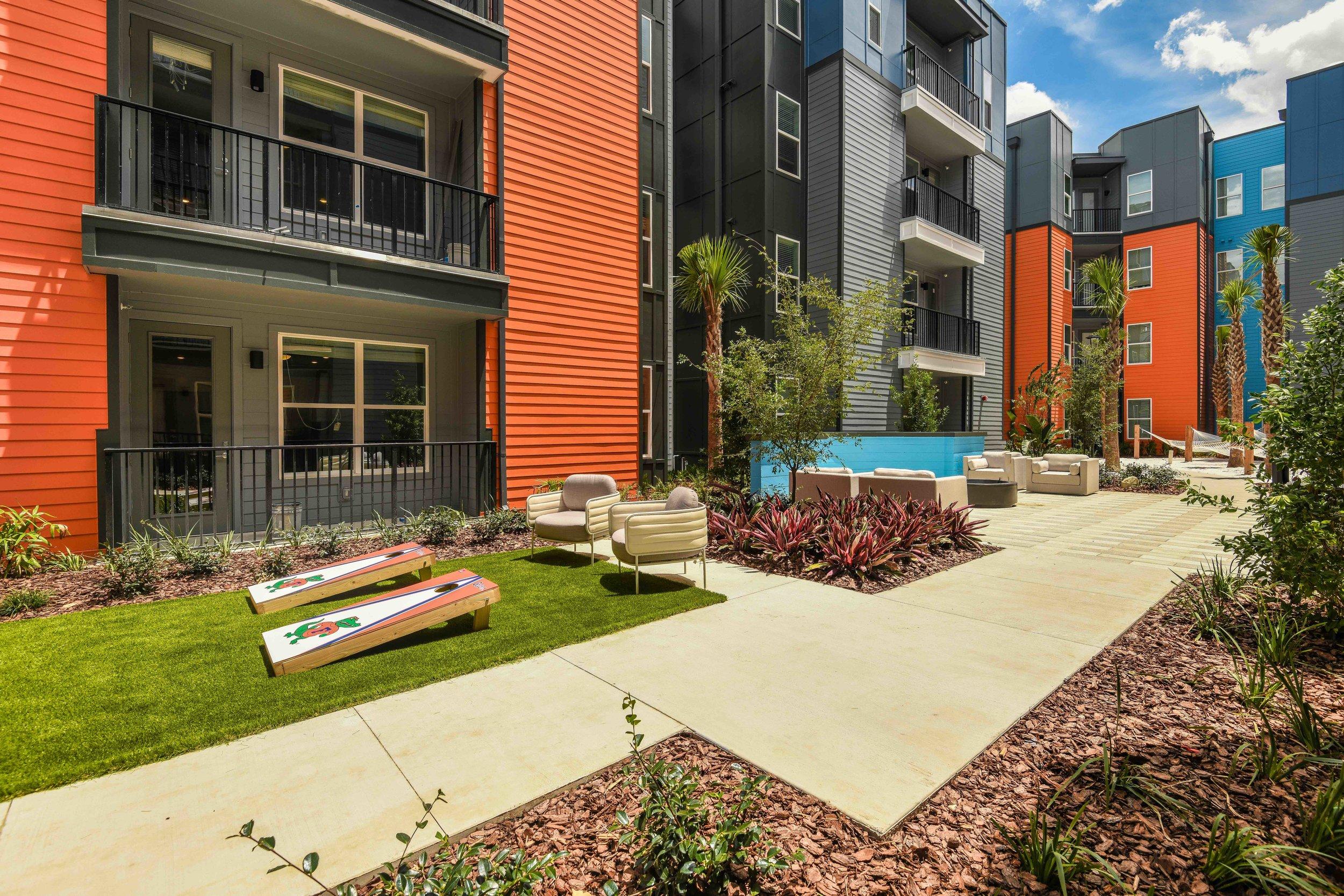 3 - Courtyard.jpg