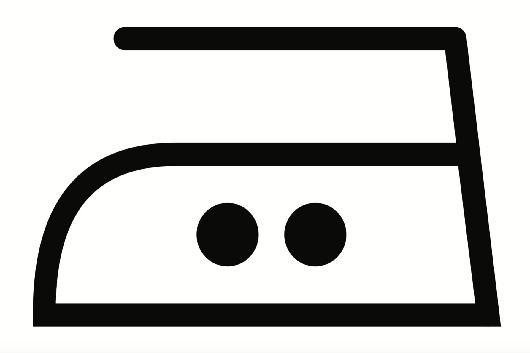 Iron on Low Heat - 150 Degrees - Ved presning bruges gerne masser af damp! Ren uld og silke (uden syntetiske fibre iblandet) kan tåle høje grader. Under presning kan man 'manipulere' med faconen, dvs trække eller hive i de områder, som man ønsker skal være smallere eller bredere.