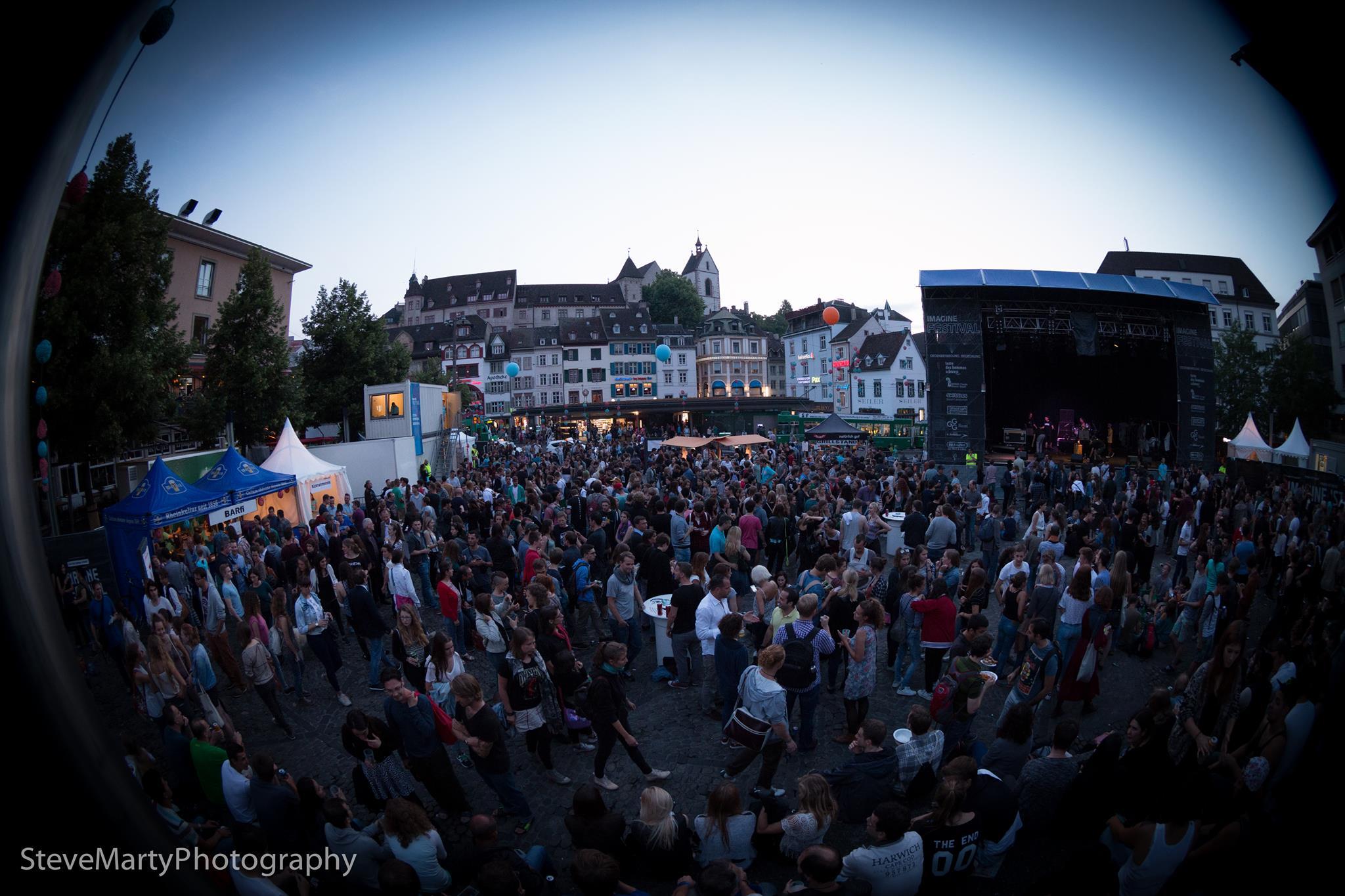festival_fisheye.jpg