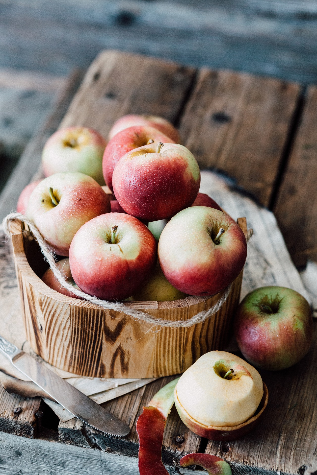 apples-2044037_1920.jpg