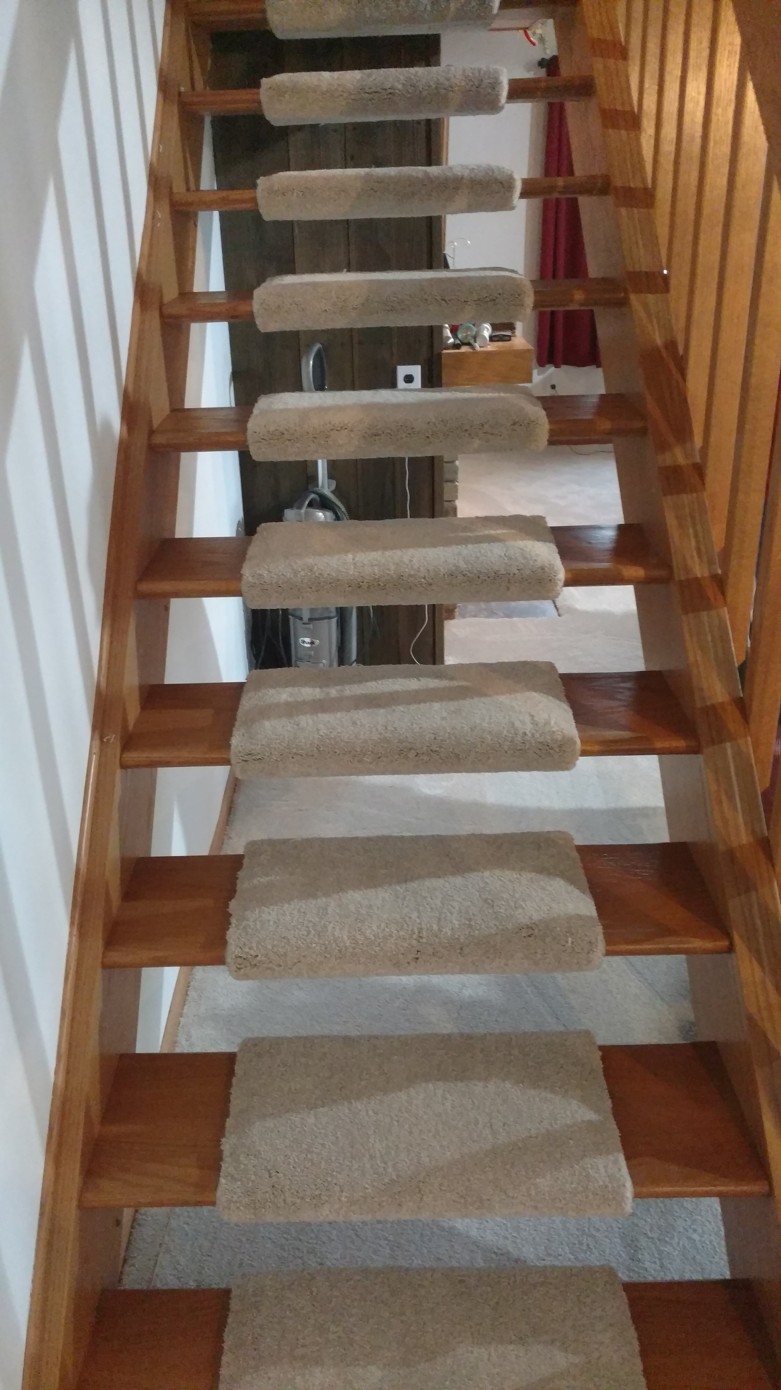 Feist Flooring Portfolio Stairs.jpg