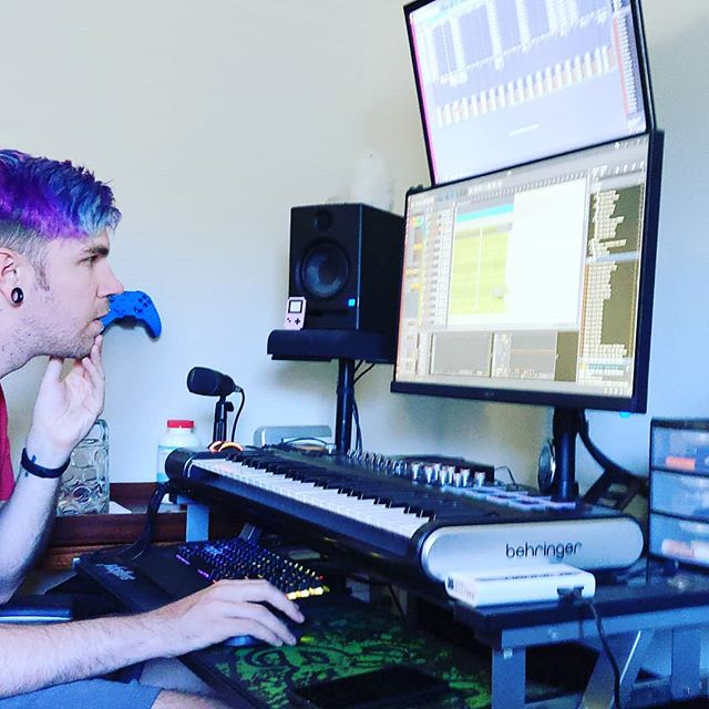 Having fun with our amazing friend Patrick creating some house together!! 🔥💜🔥 . . . #producerlife #djlife #producers #musicproducers #musicproducerlife #musicproduction #housemusic #bitwig #newnew #letsdothis #neverstophavingfun #producer #dj #life #music #production #house #new #lets #do #this #never #stop #having #fun #loveyou #💜