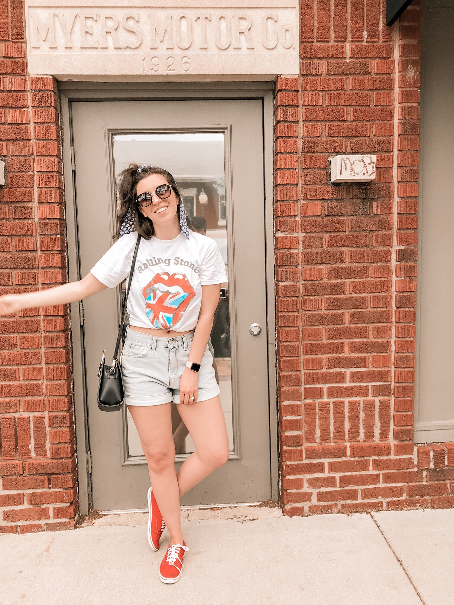 Styling Graphic Tees with Daisy Dukes
