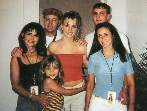 Britney Spears [Egérie Disney] Spears+fam