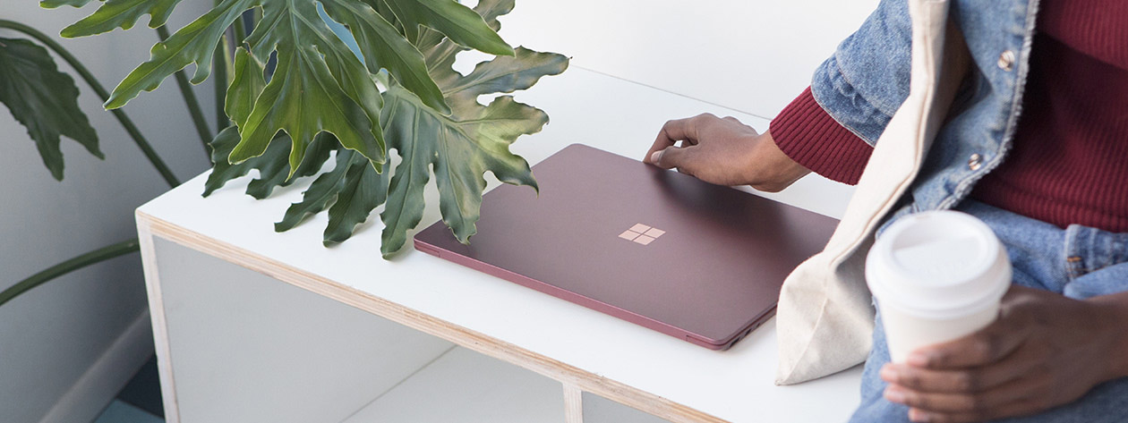 Surface_dl_Innovation_FeatureCenteralign_Burgundy_V2a.png (1).jpg