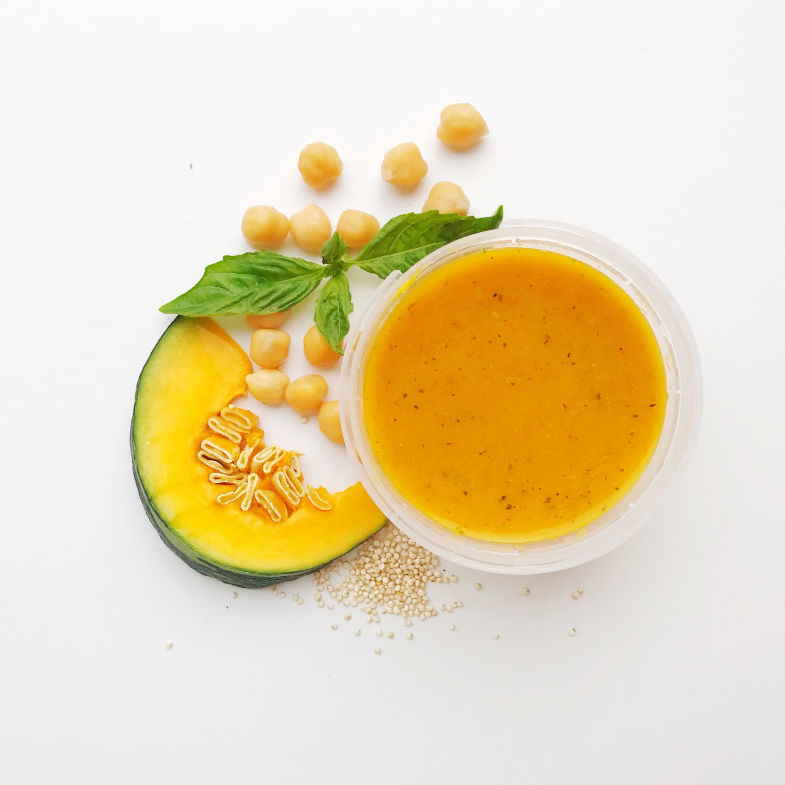 CHICKPEA SQUASHLY - Grown-ups are not the only one benefiting from the chickpea craze! We took roasted chickpea, golden squash, and basil with a hint of turmeric. Yes, babies and toddlers can have grown-up flavours too and they love it!