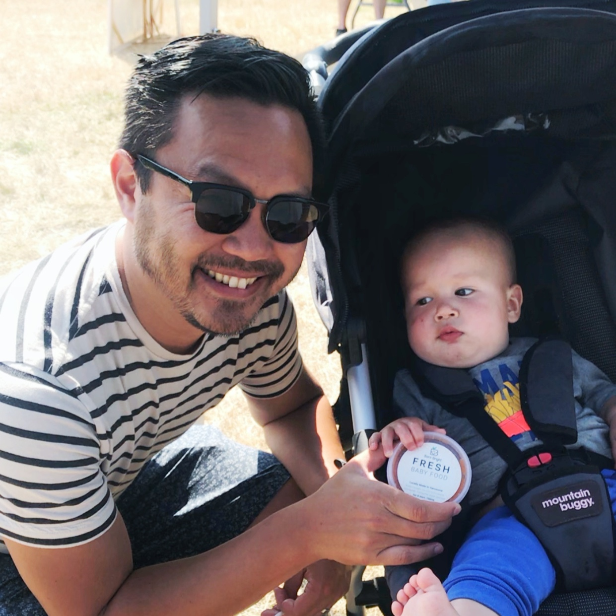 """""""My 15 month old boy loves carbs and avoids vegetables like the plague. But after trying their amazing meals, it was a different story. He loves them and I love them too! Great option to inject healthy veggies to your little ones.""""- Jonathan , Dad of 2 -"""