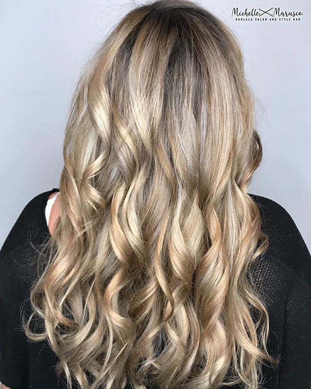 🌼🌸Spring is in the HAIR 🌸🌼 Swipe ⬅️ to see the before  #oohlalasalonandspa #wherethemagichappens #delawarehairstylist #phillybesthair #blondehighlights #blondehair #redkenshadeseq #pureology #olaplex #oligopro #matrixcolor #modernsalon #behindthechair