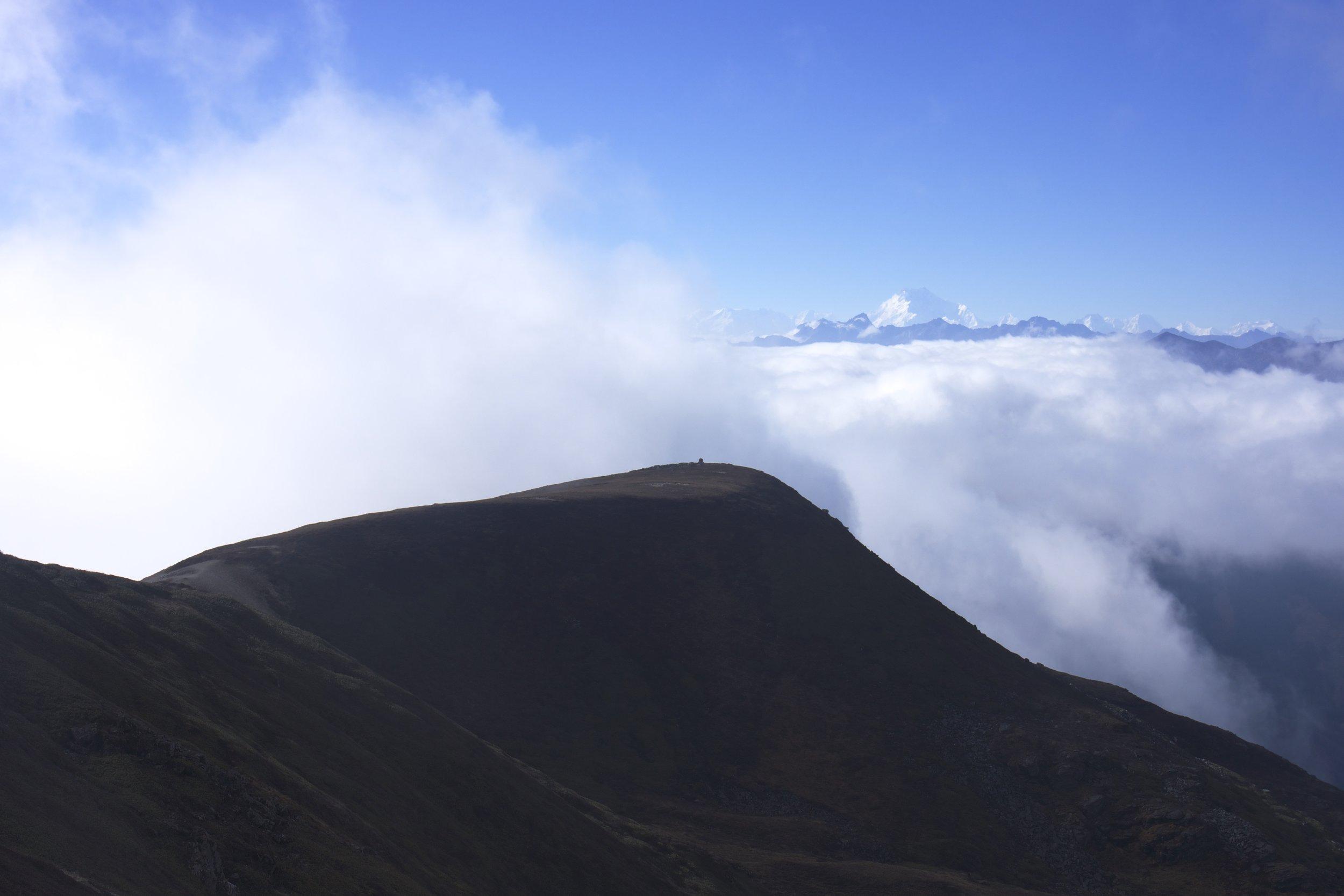 Unworldly views of Kangchenjunga.