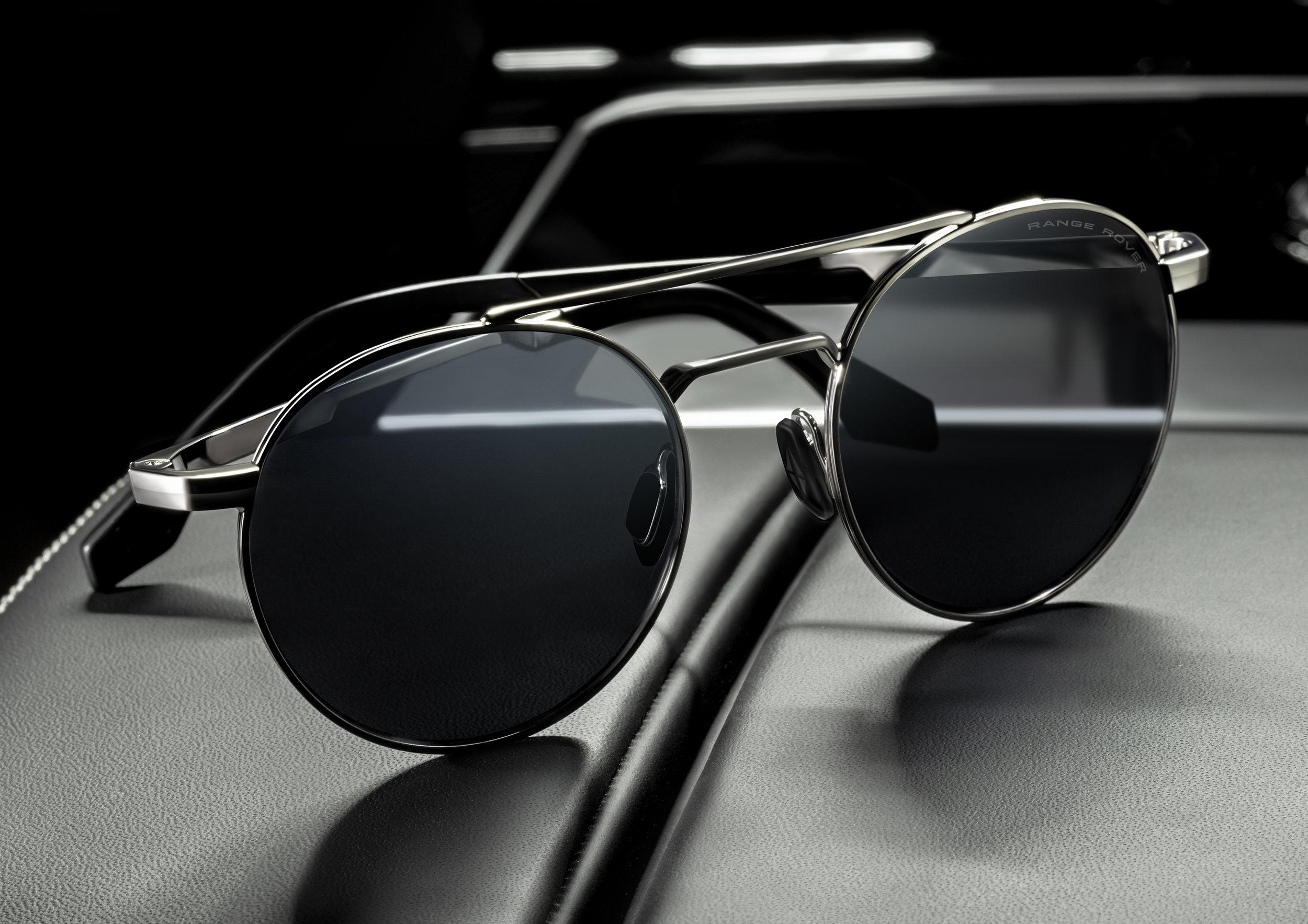 Eyespace_Range Rover Eyewear_RRS101 SLV.jpg
