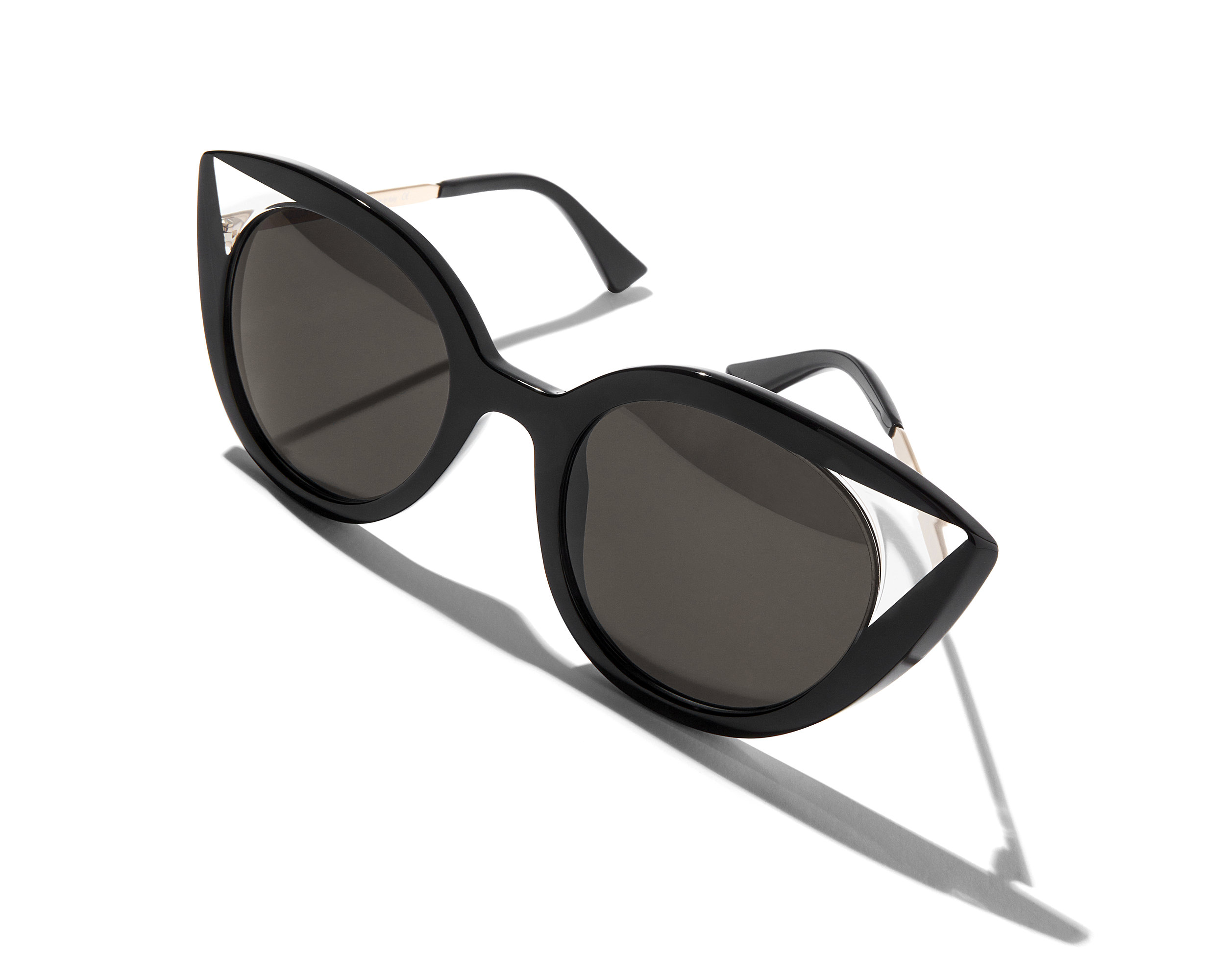 Sunglasses. - Andrew & Rogers stock a fabulous range of sunglasses from Ray-Ban, Oakley, Prada, Maui Jim, Adidas, Polo Ralph Lauren, and more. You are sure to find your perfect look summer here with us, click here to view our full range of brands. All of our sunglasses offer full UV protection.