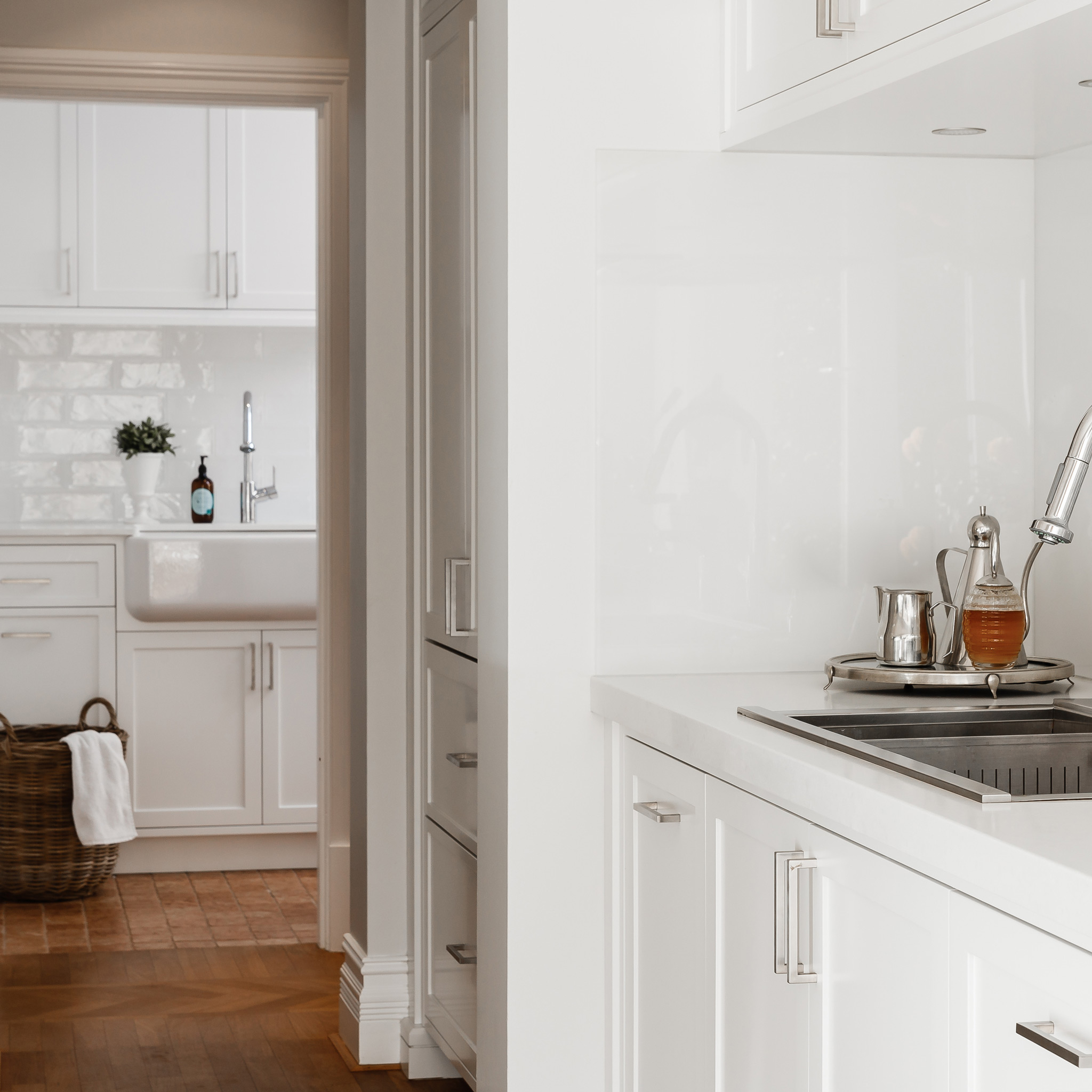 white-hamptons-kitchen-laundry.jpg