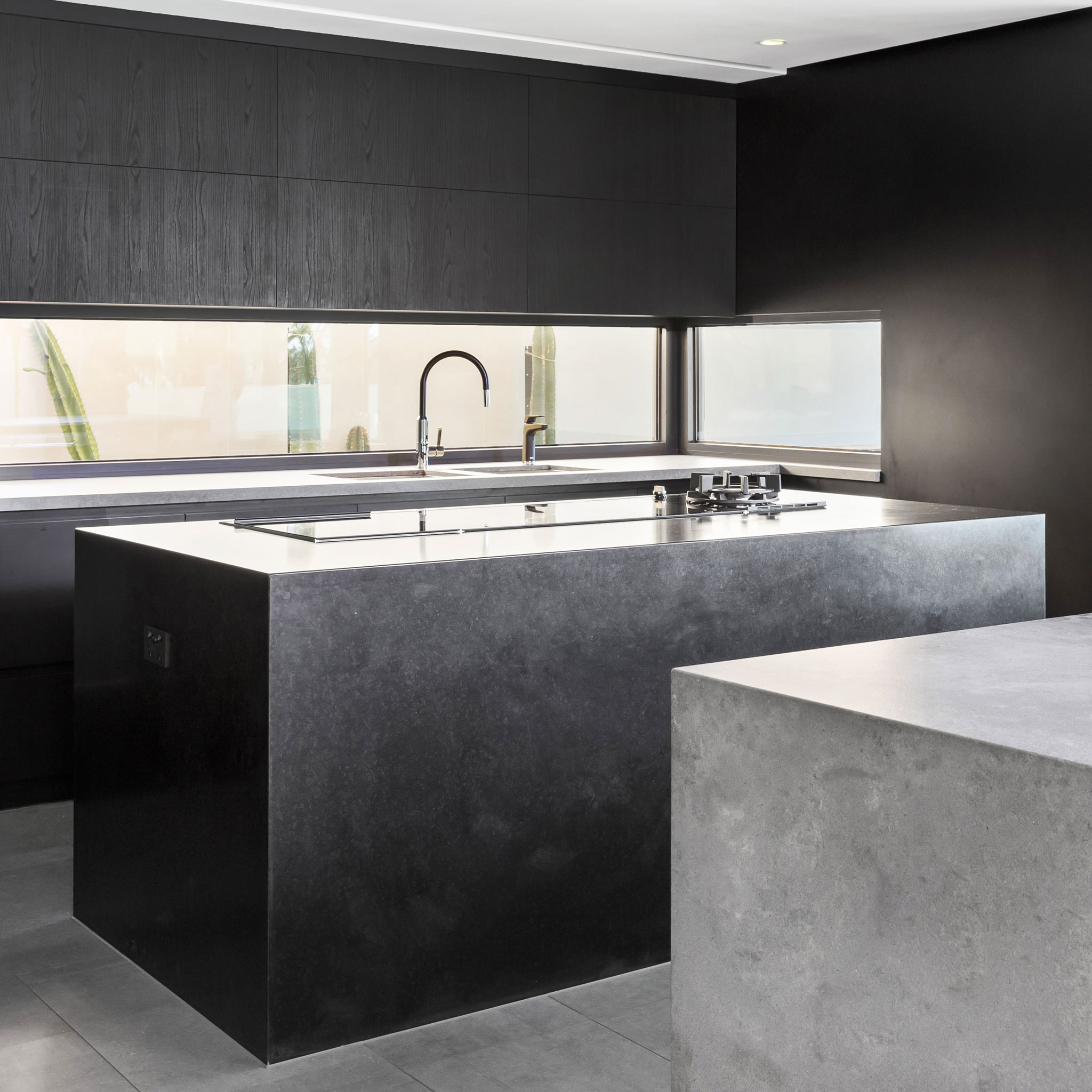 modern-black-kitchen.jpg