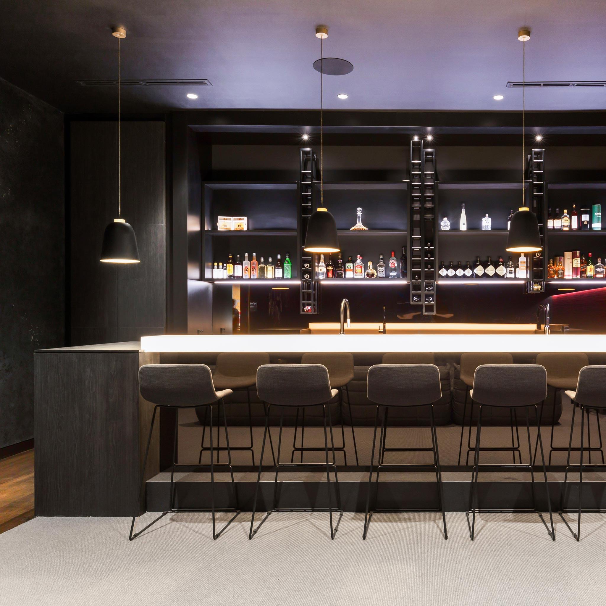modern-home-bar-2.jpg