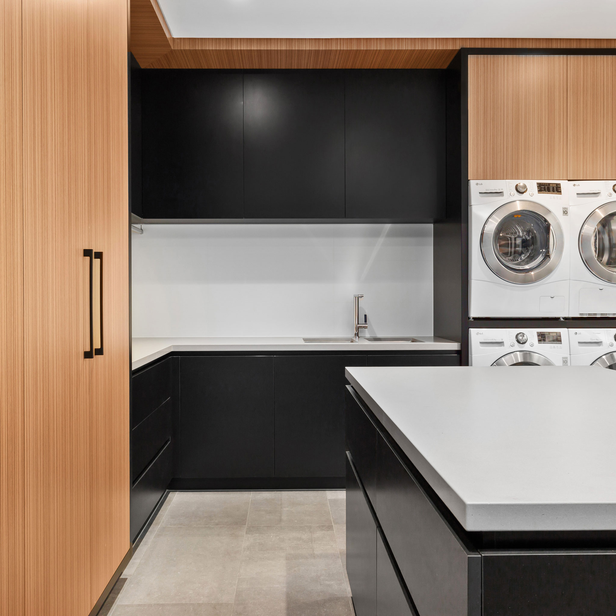 modern-wood-laundry.jpg