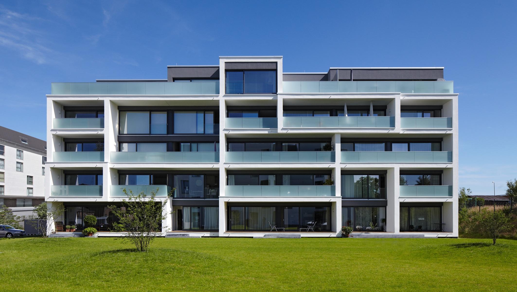 esfandiary-möller-architekten_Haus-A-D_Süd.jpg