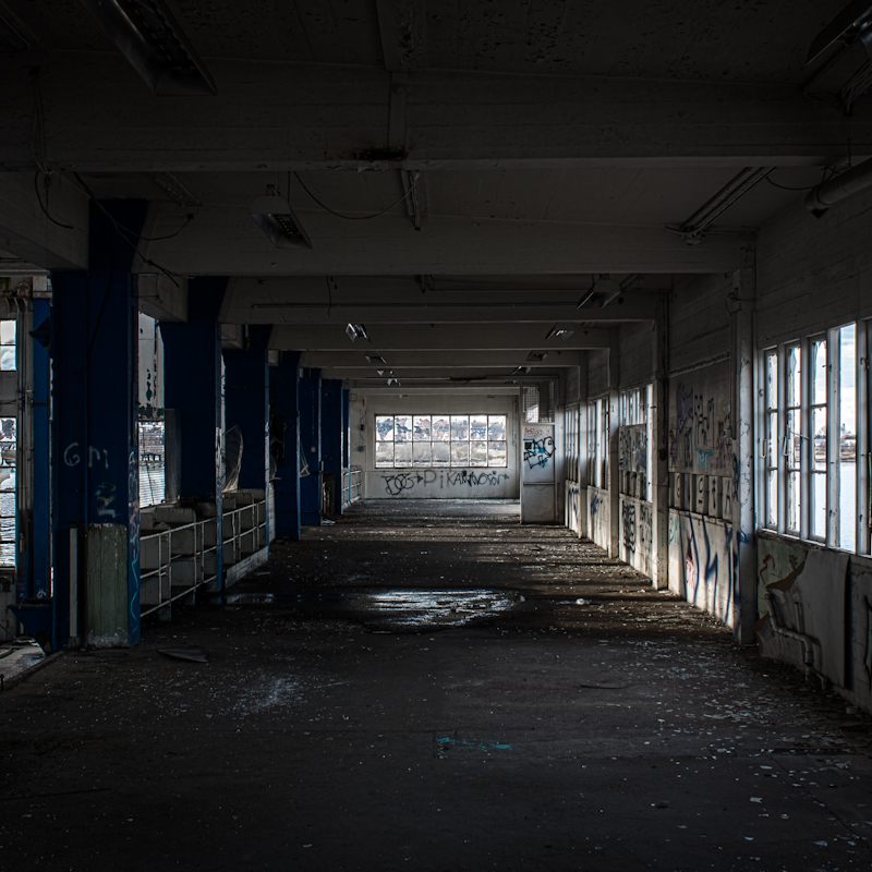 another-abandoned-building-3-of-19_7079499627_o.jpg