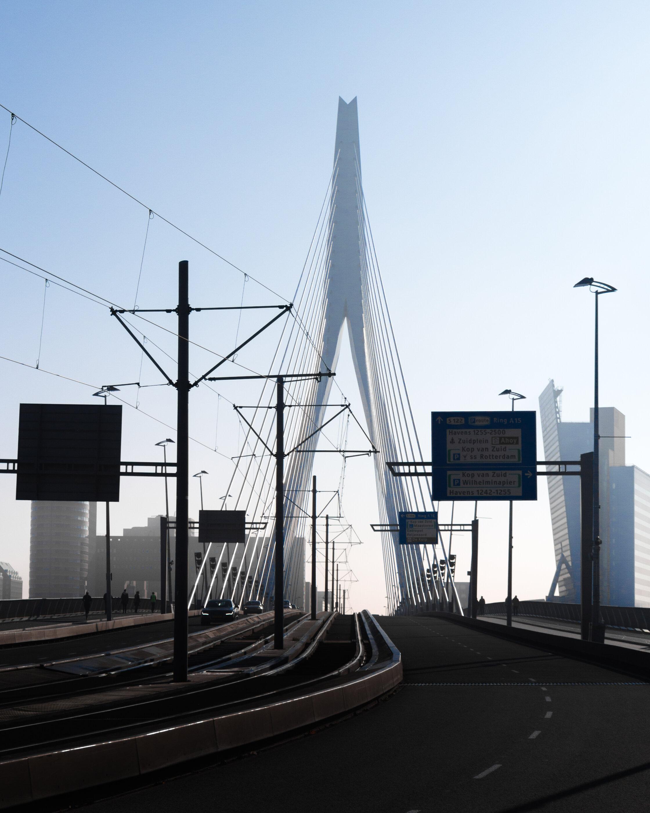 The Erasmus Bridge - Photography by Mike Dugenio-4.jpg