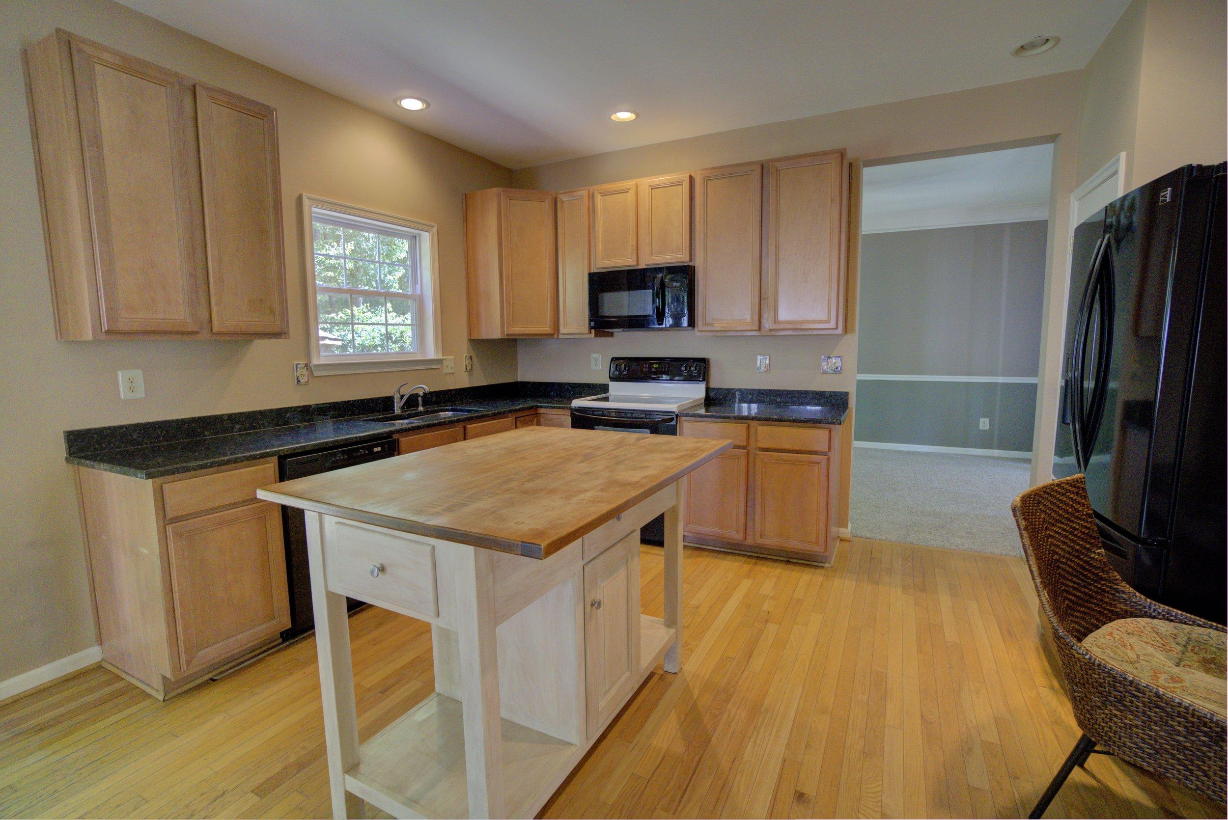 Kitchen_3_4_Interior 2-min.jpg