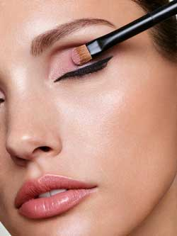 Reviderm-Abend-Makeup-Sommer.jpg