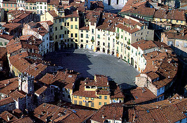 ITALY - LUCCA-THEATRE.jpg