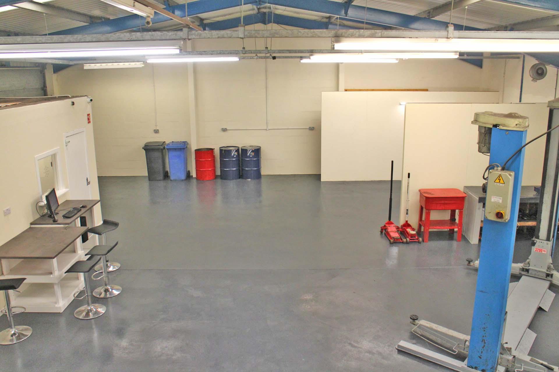 Main Area MOT garage for sale.jpg