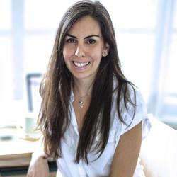 Maya Chivi - Speaker and Social Entrepreneur