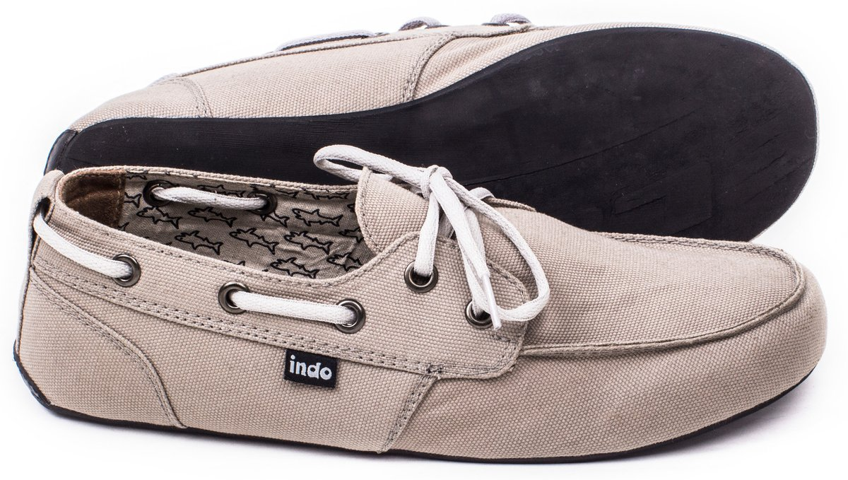 stone_summer_footwear_for_men_made_from_recycled_materials_600x@2x.jpg