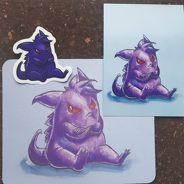 Probably one of my faves... Gengar giving his pout!  This one is a throwback to a few years back and I cleaned it up just a smidge for printing 💕💕💕 Again, this guy will be available in mousepad, sticker and print at Ottawa Geek Market this weekend at the Nepean Sportsplex.  Come say hi if you're nearby!  #gengar #pokemon #ghosttypepokemon #artistalley #ottawaartists #613geekmarket #ottawageekmarket