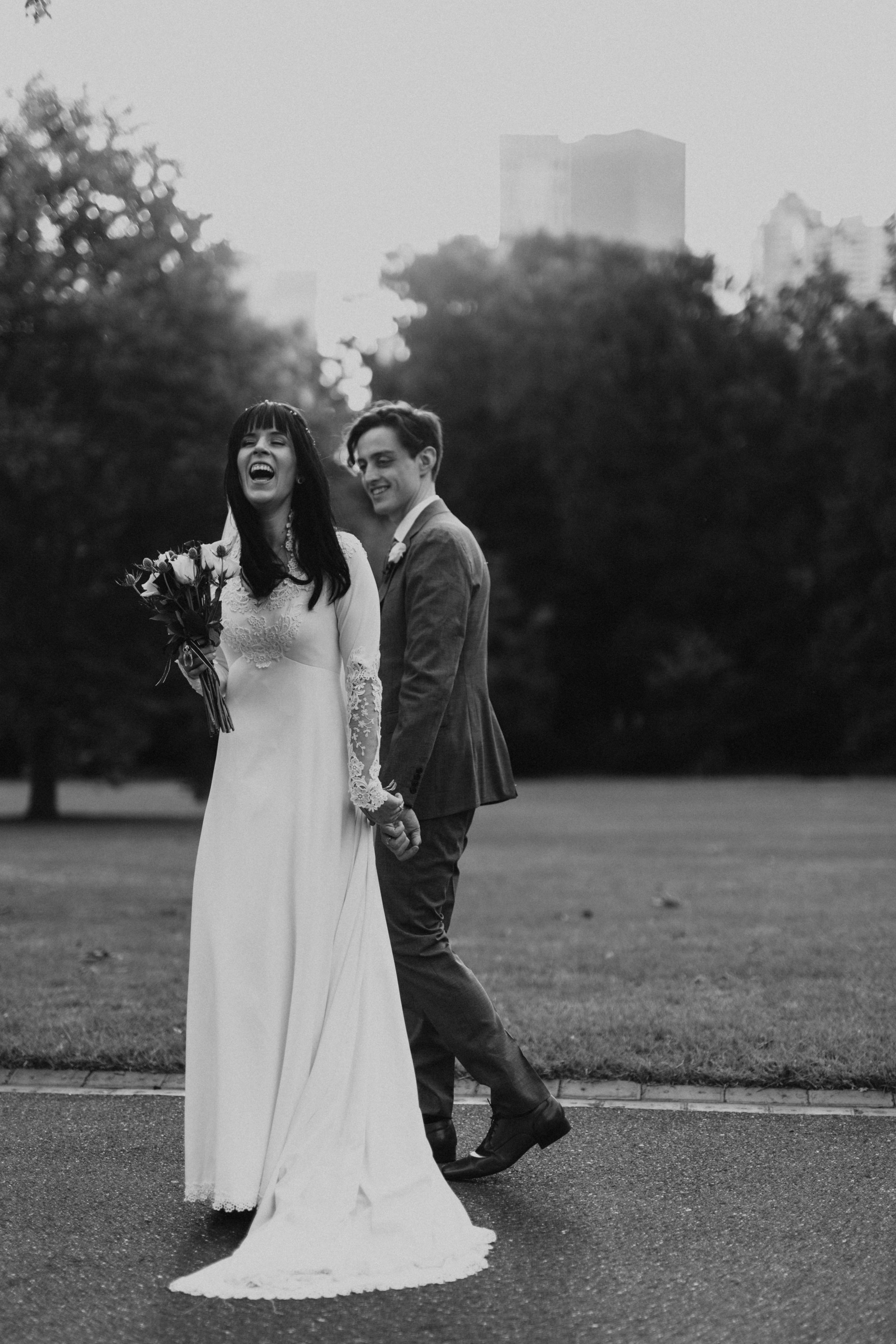 Melbourne-Fitzroy-gardens-wedding-emotionsandmath-108.jpg