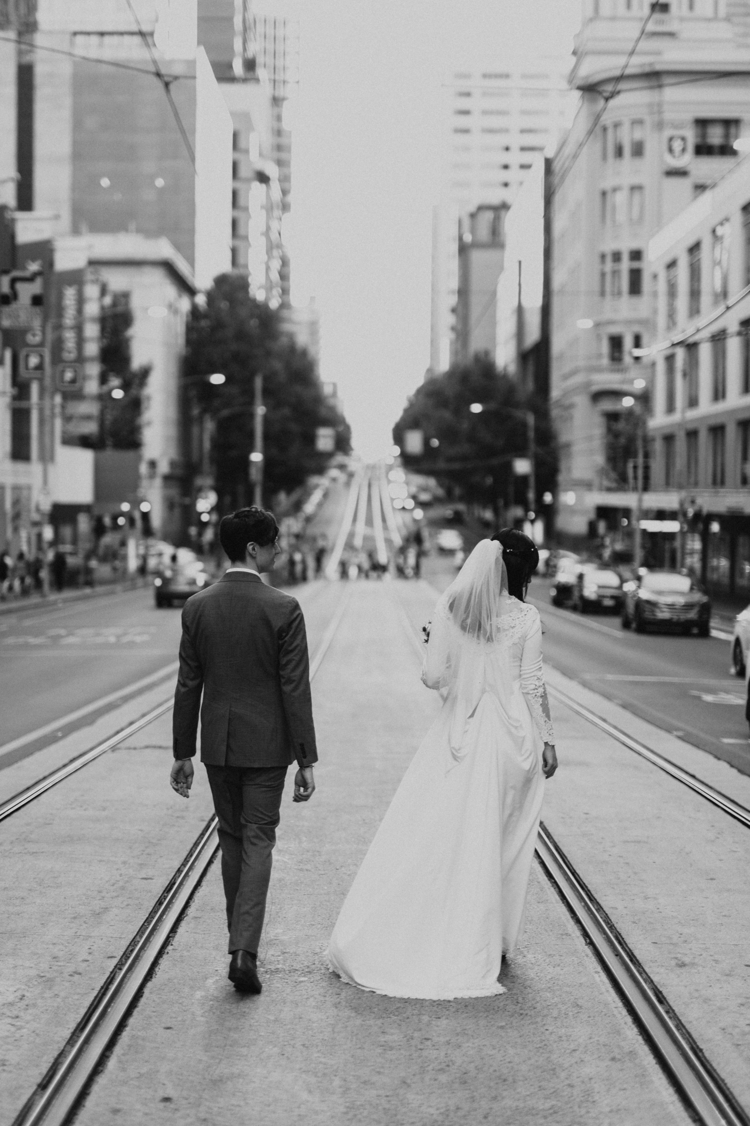 Melbourne-Fitzroy-gardens-wedding-emotionsandmath-136.jpg