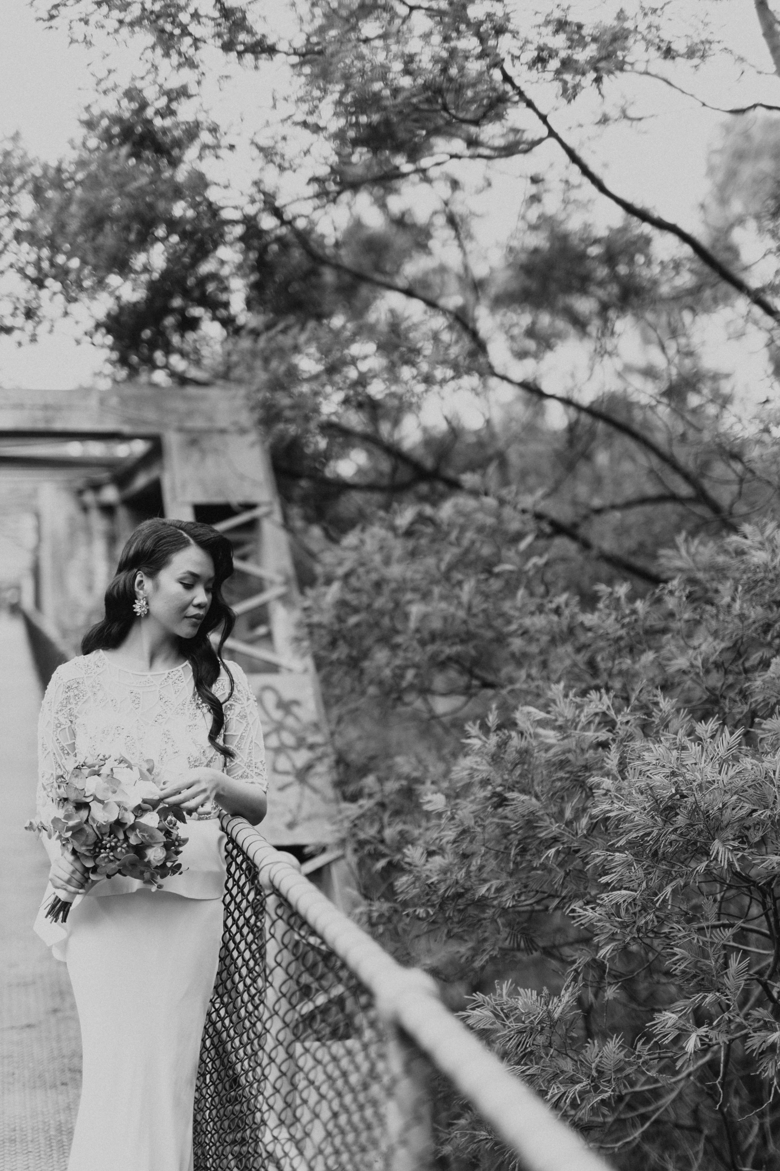 Melbourne-Fitzroy-Treasury-Gardens-wedding-EmotionsandMath-065.jpg