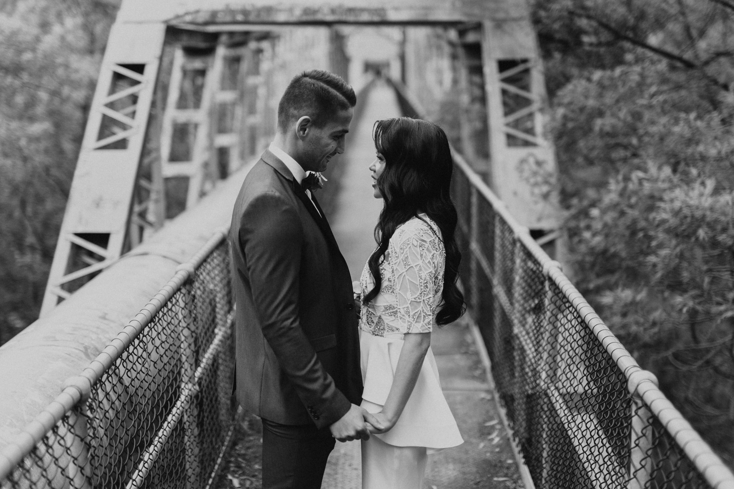 Melbourne-Fitzroy-Treasury-Gardens-wedding-EmotionsandMath-069.jpg