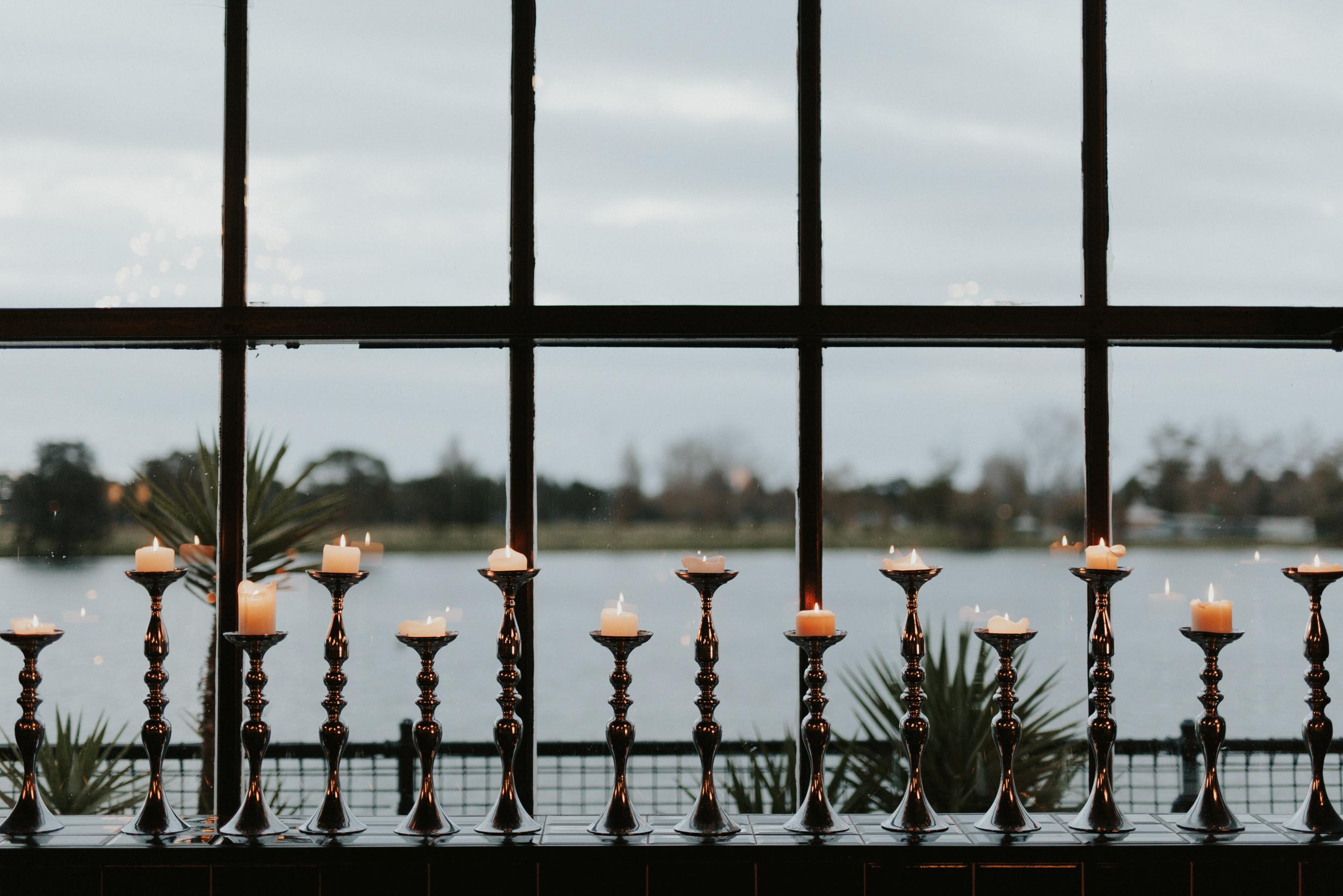 Melbourne-Fitzroy-Treasury-Gardens-wedding-EmotionsandMath-096.jpg