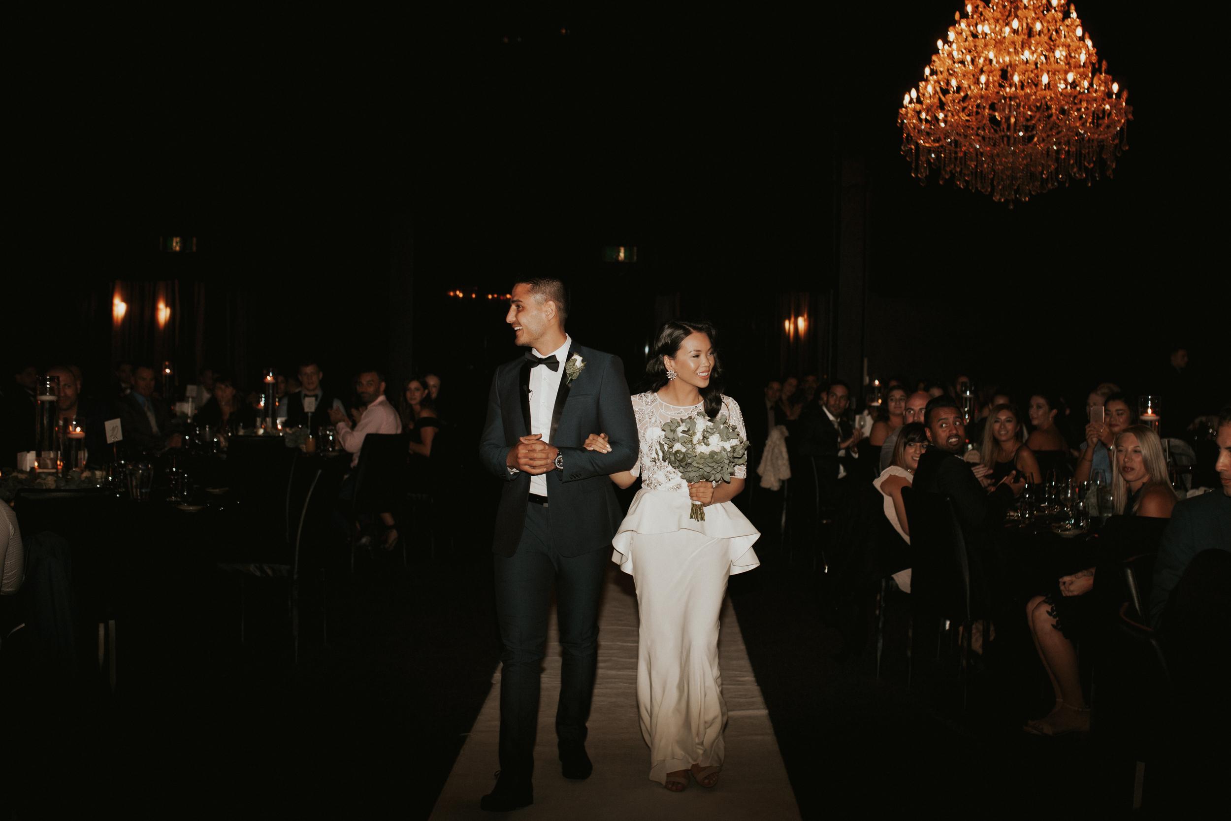 Melbourne-Fitzroy-Treasury-Gardens-wedding-EmotionsandMath-098.jpg