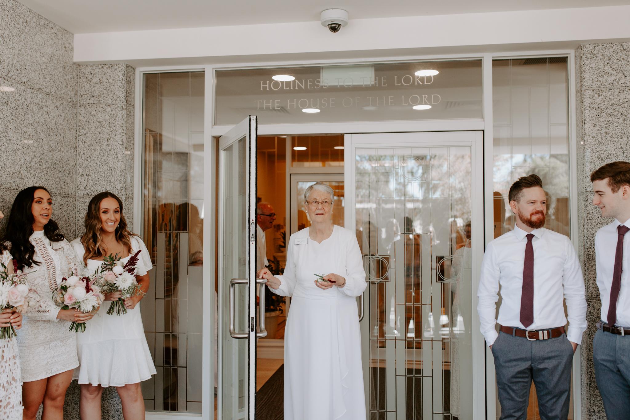 Panama-Dining-Room-wedding-emotionsandmath-002.jpg