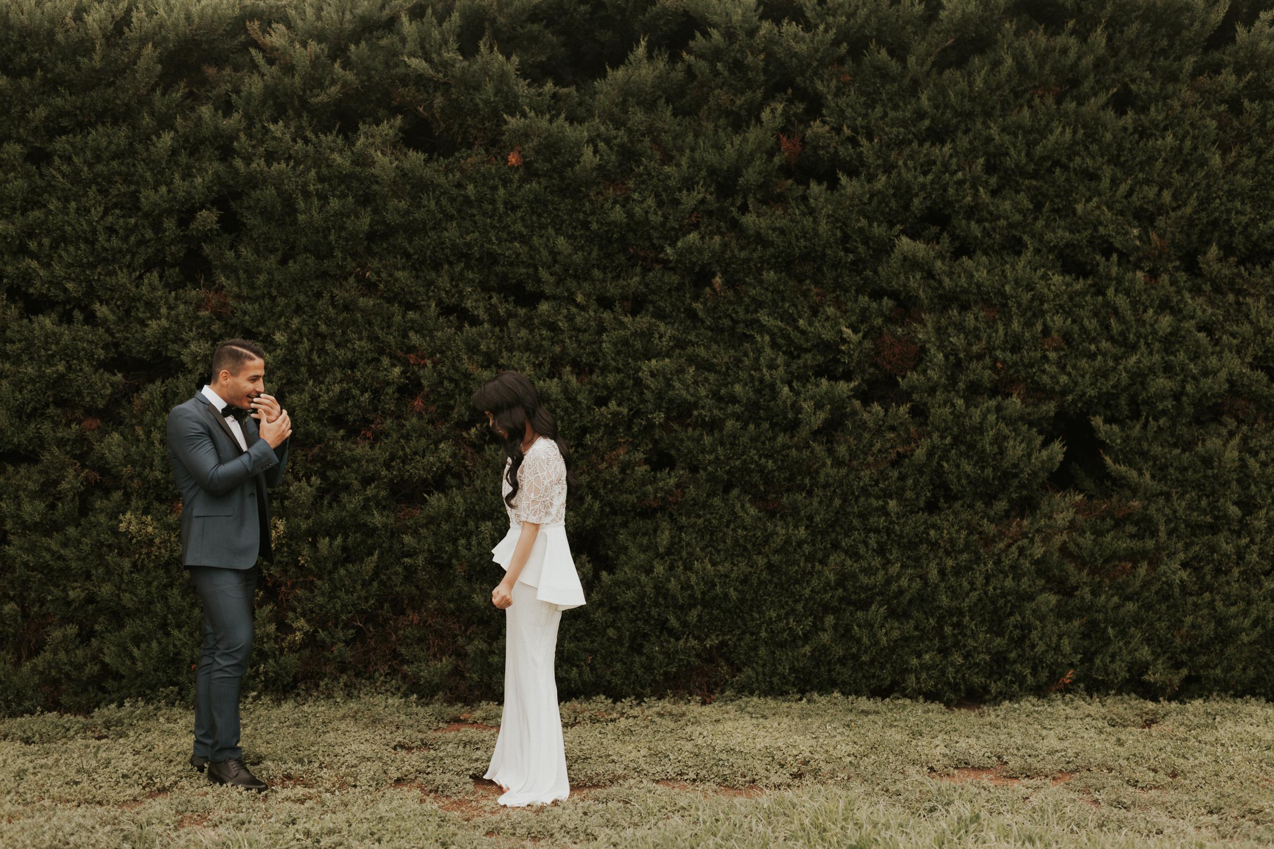 Melbourne-Fitzroy-Treasury-Gardens-wedding-EmotionsandMath-034.jpg