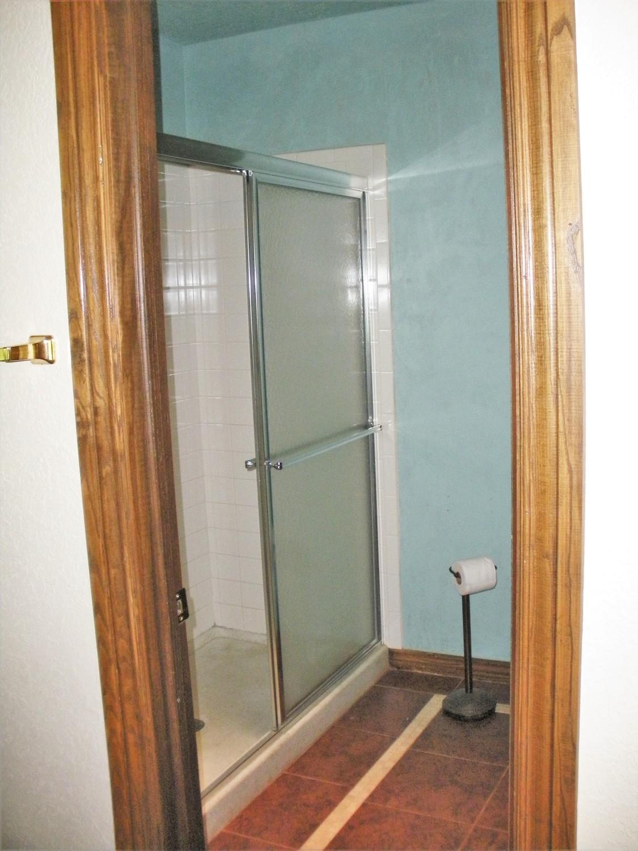 Brentlinger master bath2.jpg
