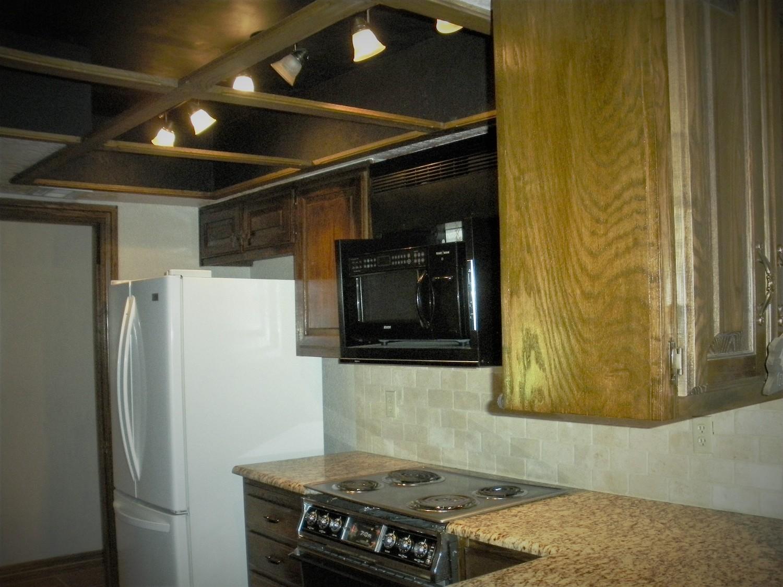Brentlinger kitchen 1.jpg